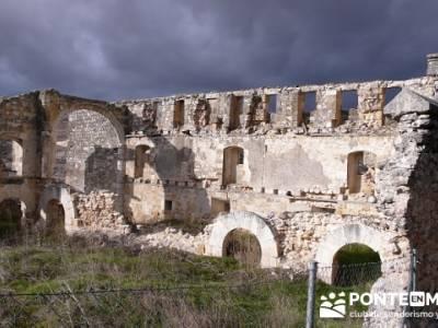 Ruinas del hospital de la Magadalena - Fuentidueña -- excursiones y senderismo; grupo senderismo